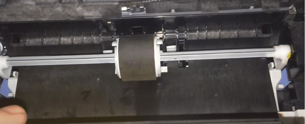 Ролик захвата бумаги, протрите
